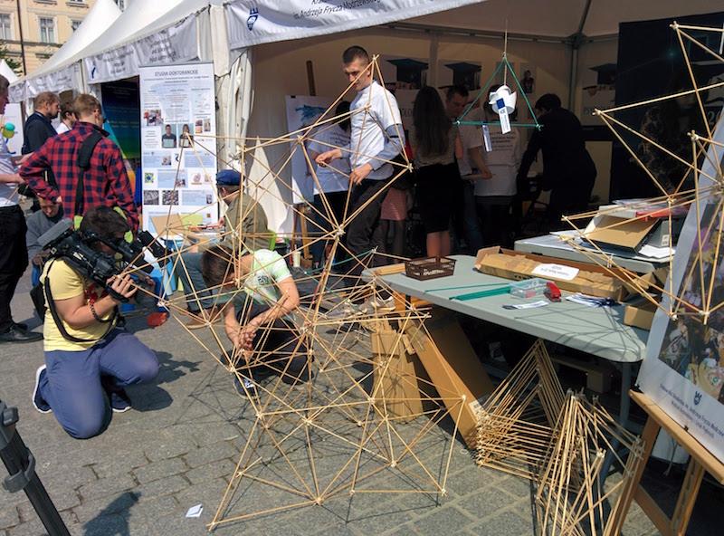 Przeglądasz obrazki do artykułu: Festiwal Nauki w Krakowie